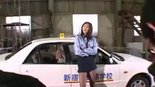 女教車官的特別教學